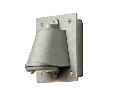 0750 Mast Light with Cast Transformer Box, Sandblasted Anodised Aluminium by Davey Lighting Limited