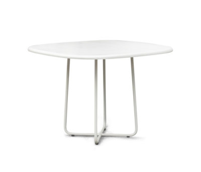 Adesso Dining Table by Kenneth Cobonpue