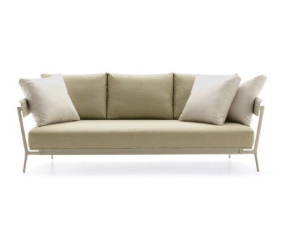 Aikana sofa 3-seater by Fast