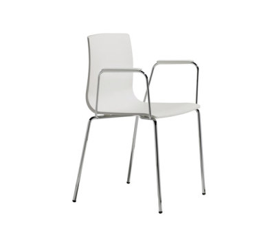 Alice with armrests by Scab Design