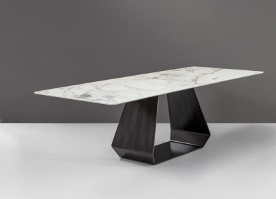 Amond Table by Bonaldo