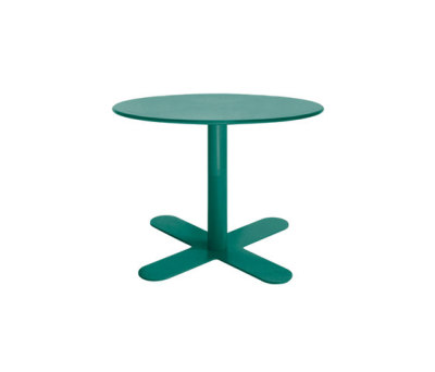 Antibes table by iSi mar