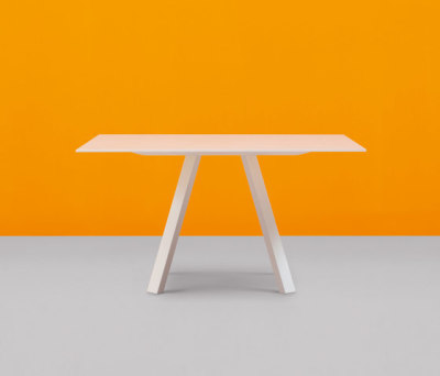 Arki-Table 139x139 by PEDRALI