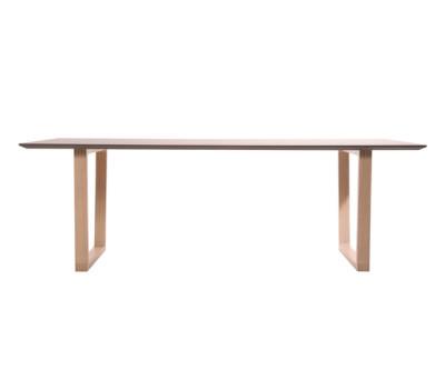 Baltas table by KFF