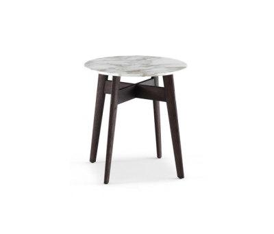 Bigger coffee table by Poliform