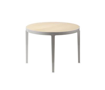 Bond dining table by Gärsnäs