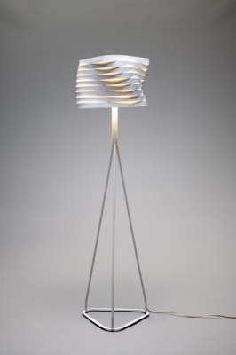 Boomerang floor lamp by almerich
