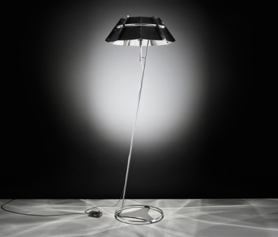Chapeau floor by Slamp