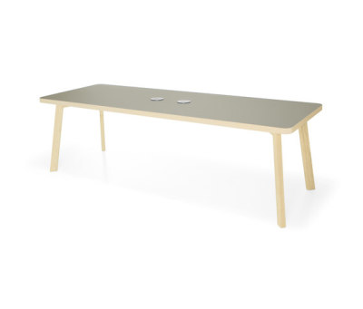 Couture table by Materia