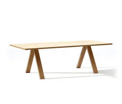 Cross Table by Arper Wood, 200 x 100 cm.