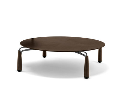 Deck Low Table by Giorgetti