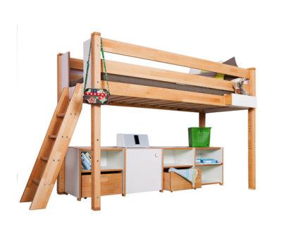 Delite – medium Loft bed with shelves by De Breuyn