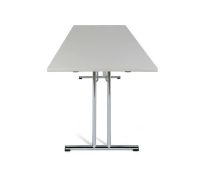 Duro II | folding table by strasserthun.