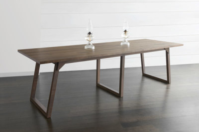 Familj Table by Bellboy