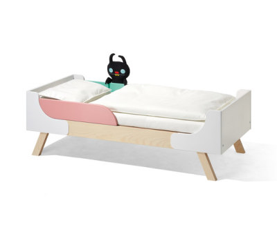 Famille Garage children's bed by Lampert