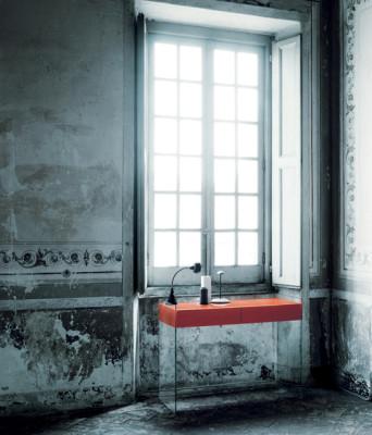 Float by Glas Italia