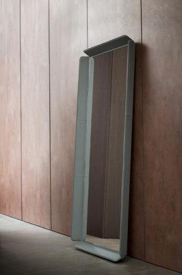 Gentleman Mirror by Flou