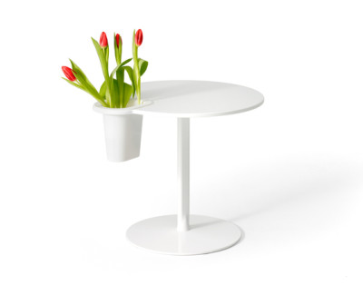 Grip Vase by OFFECCT