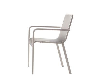 Helios chair by Manutti