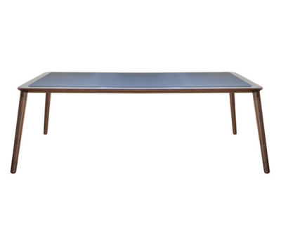 Jonathan 30 | Table by Tonon