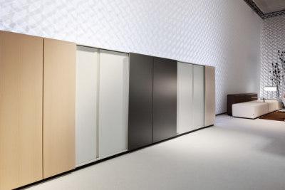 K2 | Gliding door cabinet by Bene