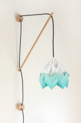 Klimoppe Moth Gradient – Mint by Studio Snowpuppe