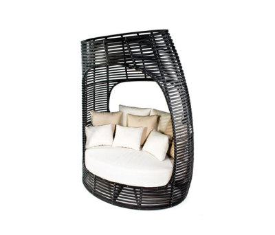 Lolah Seating Capsule by Kenneth Cobonpue