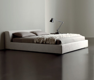 Louis Bed by Meridiani