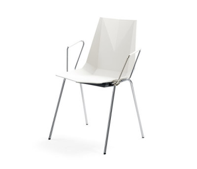 Mayflower armchair by Materia