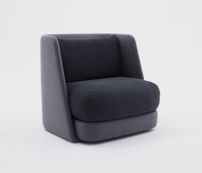Mellow Armchair by Comforty