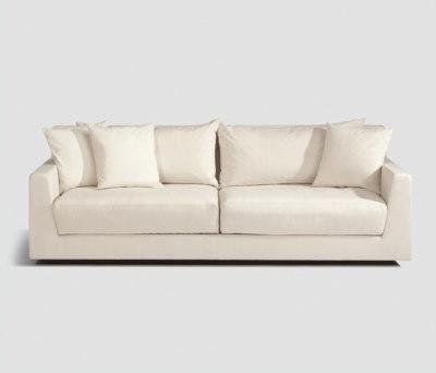 Metropolitan Club sofa 2-seater by Lambert