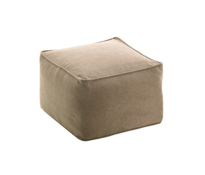 Moon pouf square by Fast