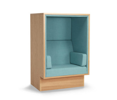 Mute armchair by Horreds