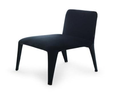 Nova armchair by Eponimo