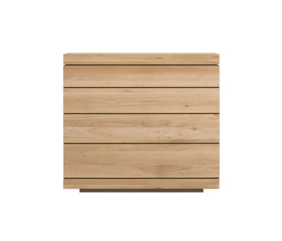 Oak Burger chest of drawers by Ethnicraft