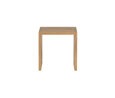 Oak Cube open side table by Ethnicraft