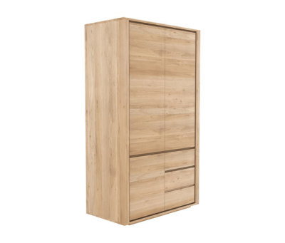 Oak Shadow dresser by Ethnicraft