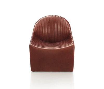 Oyster Fauteuil by Wittmann