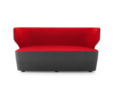 PABLO Two seater by Girsberger