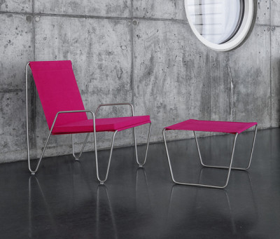 Panton Bachelor Chair with footstool   wild rose by Montana Møbler