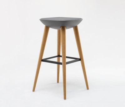 Pebble Barstool XL by De Vorm