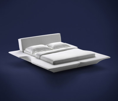 Piano Piano Bed by Flou