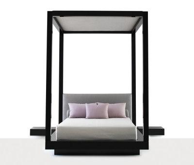 Plaza Bed by Naula