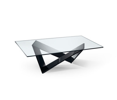 Prisma 40 by Reflex Black lacquered base, 106x106x42 cm