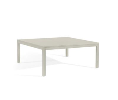 Quarto coffee table by Manutti
