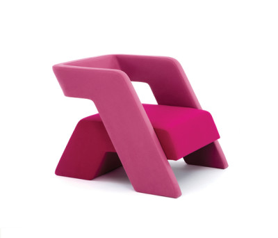 Rebel Chair by Dune