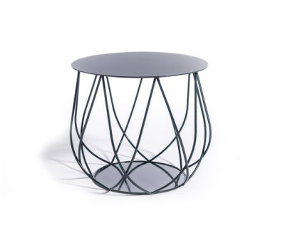Resö lounge table by Skargaarden