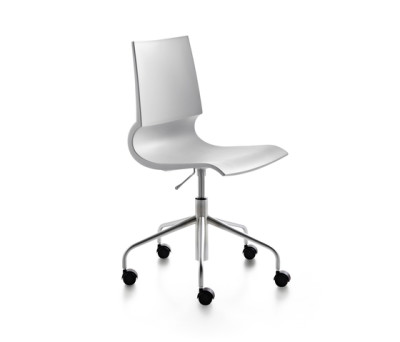 Ricciolina swivel base with wheels and gas lift polypropylene by Maxdesign