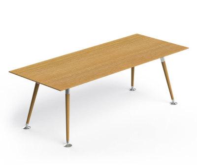 Riola | Tisch by Züco
