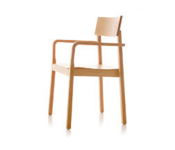 S11 chair with arms by B+W